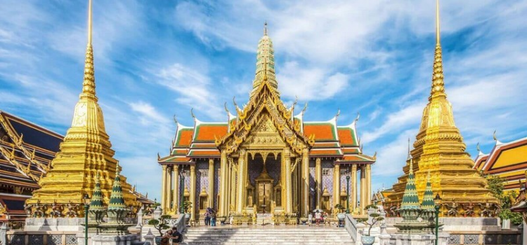 What should you know during your first time in Bangkok?