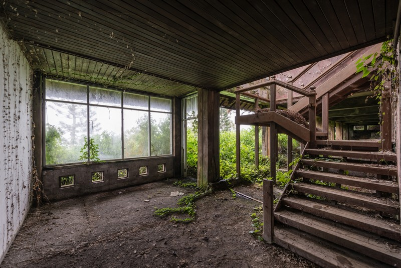 Wanderlust Tips Magazine | Abandoned buildings where time stands still