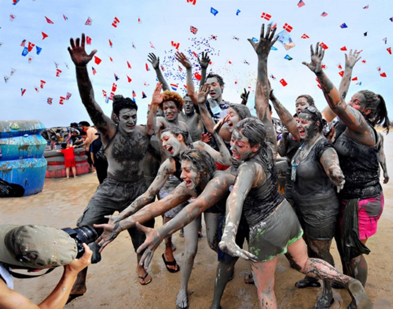 Wanderlust Tips Magazine | Psy to kick of Boryeong Mud Festival