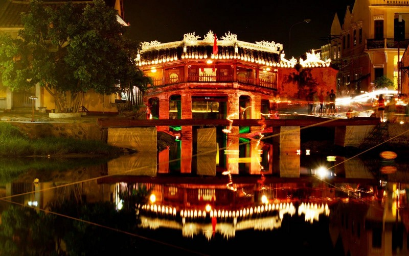 Wanderlust Tips Magazine | Hoi An's nightly serenates