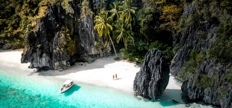 Palawan: Diving paradise in Philippines