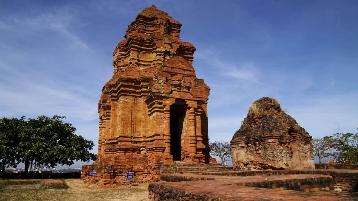 Wanderlust Tips Magazine | 8 must-see places in Binh Thuan in the afternoon