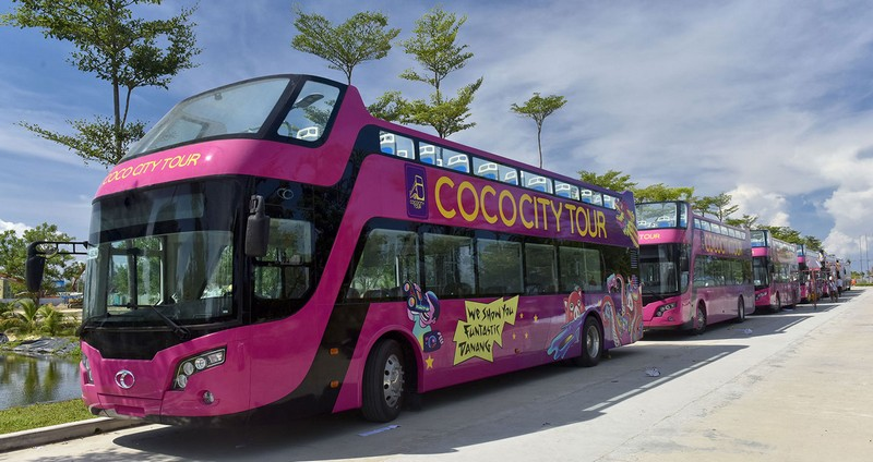 Wanderlust Tips Magazine | First 12 open-top double-decker buses inaugurated in Da Nang