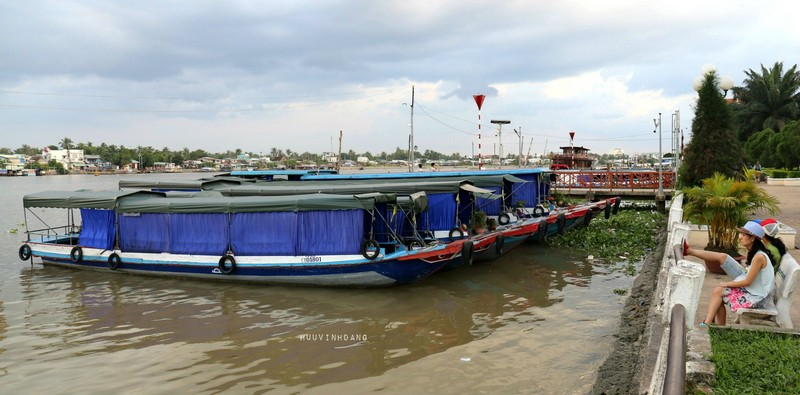Wanderlust Tips Magazine | 8 must-see places in The Mekong Delta in the evening