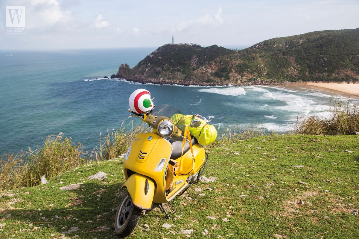 Wanderlust Tips Magazine | Scootering along the coastline