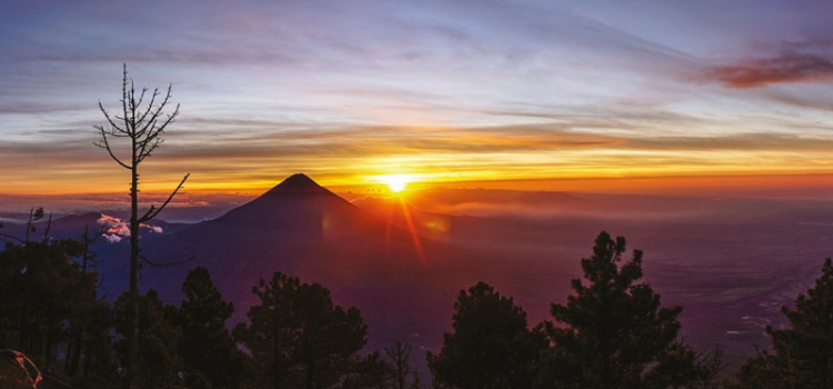 Guatemala and unforgettable experiences on Volcán Acatenango