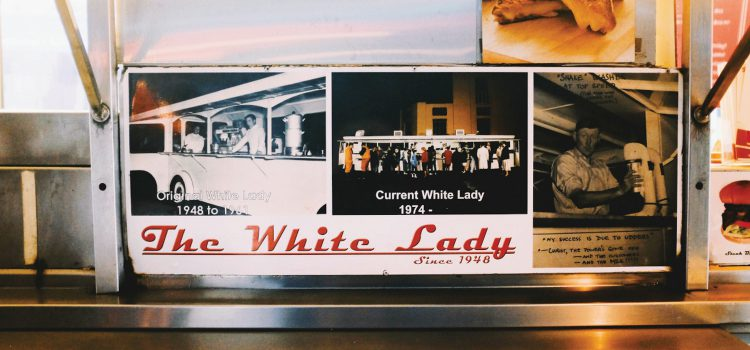 The White Lady, 70 years of street food history in the land of the kiwi