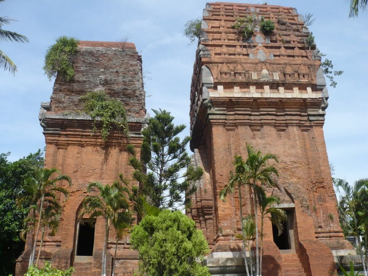 Wanderlust Tips Magazine    8 must-see places in Binh Dinh in the afternoon