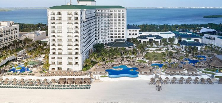 Indulge in a luxury retreat at JW Marriott Cancun Resort