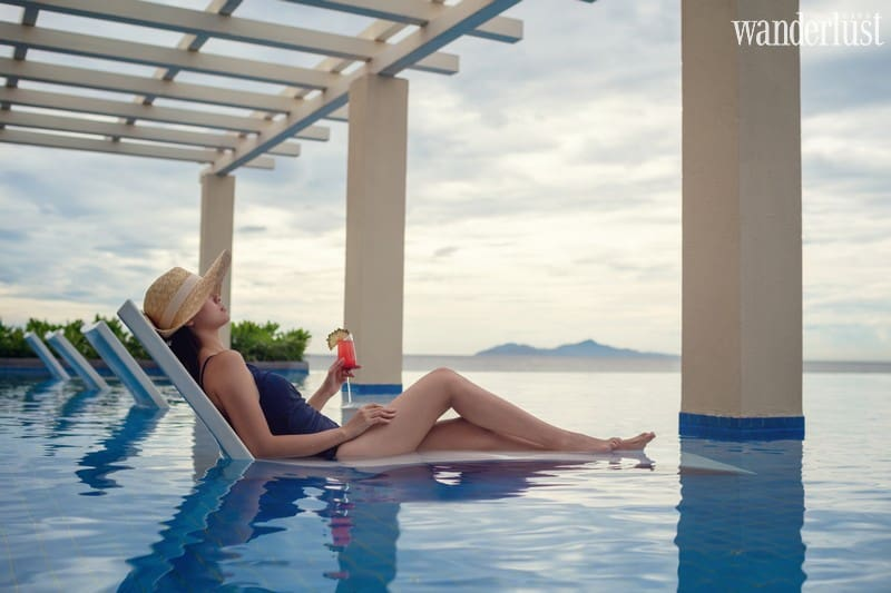 Blissful Gatherings – From soothing spa treatments to sumptuous afternoon tea, enjoy the full range of Sheraton Grand Danang Resort's offerings: a guestroom or suite with an ocean view; an afternoon in the Tea Lounge; a visit to Shine Spa; and dining at the resort's restaurants. Offered from 21 December 2019 through 31 January 2020, Blissful Gatherings includes: