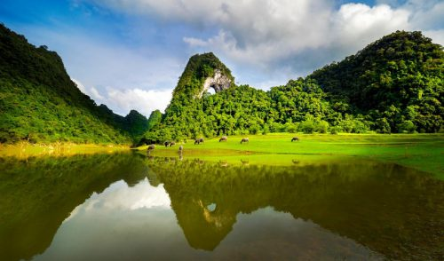Cao Bang: A magnificent symphony in the mountains