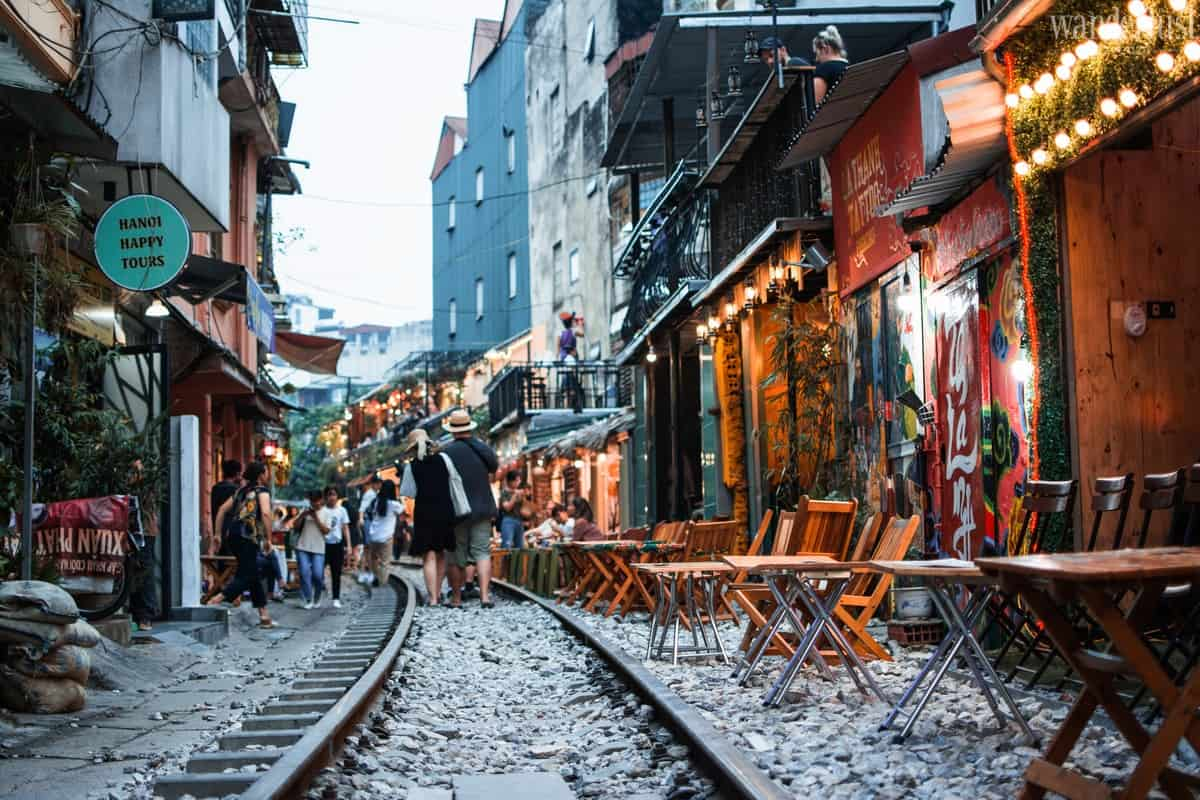 Wanderlust Tips magazine | Hanoi in my heart