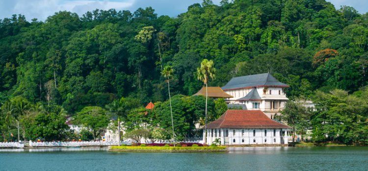 Get lost in Kandy: The peaceful and scenic city of Sri Lanka