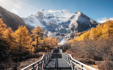 Wanderlust Tips | Looking for the last Shangri-La in Daocheng Yading, China